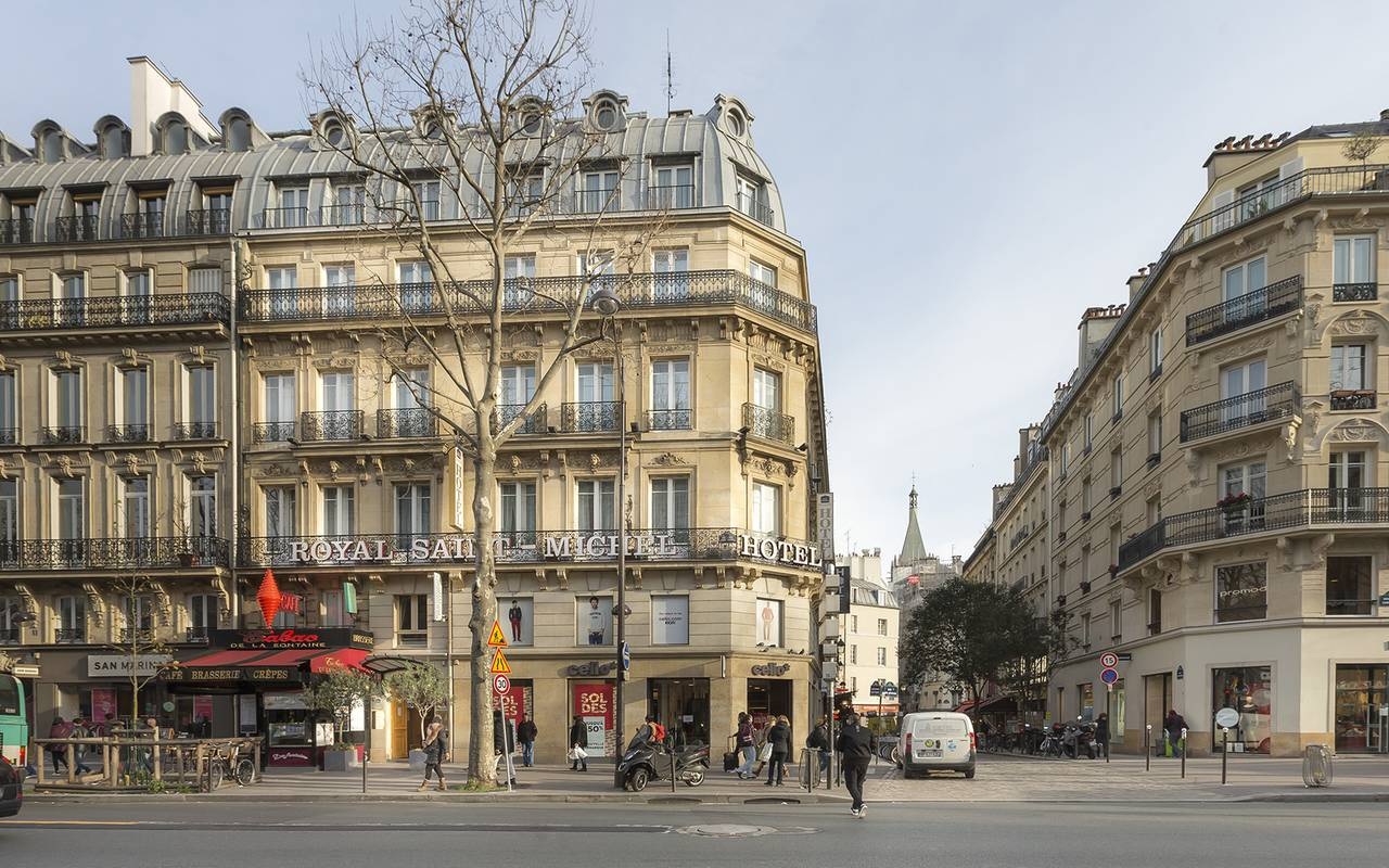 Hotel Boulevard Saint Michel Paris