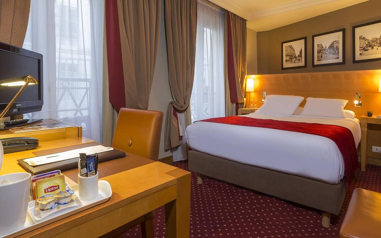 hotel con encanto bulevar saint michel paris