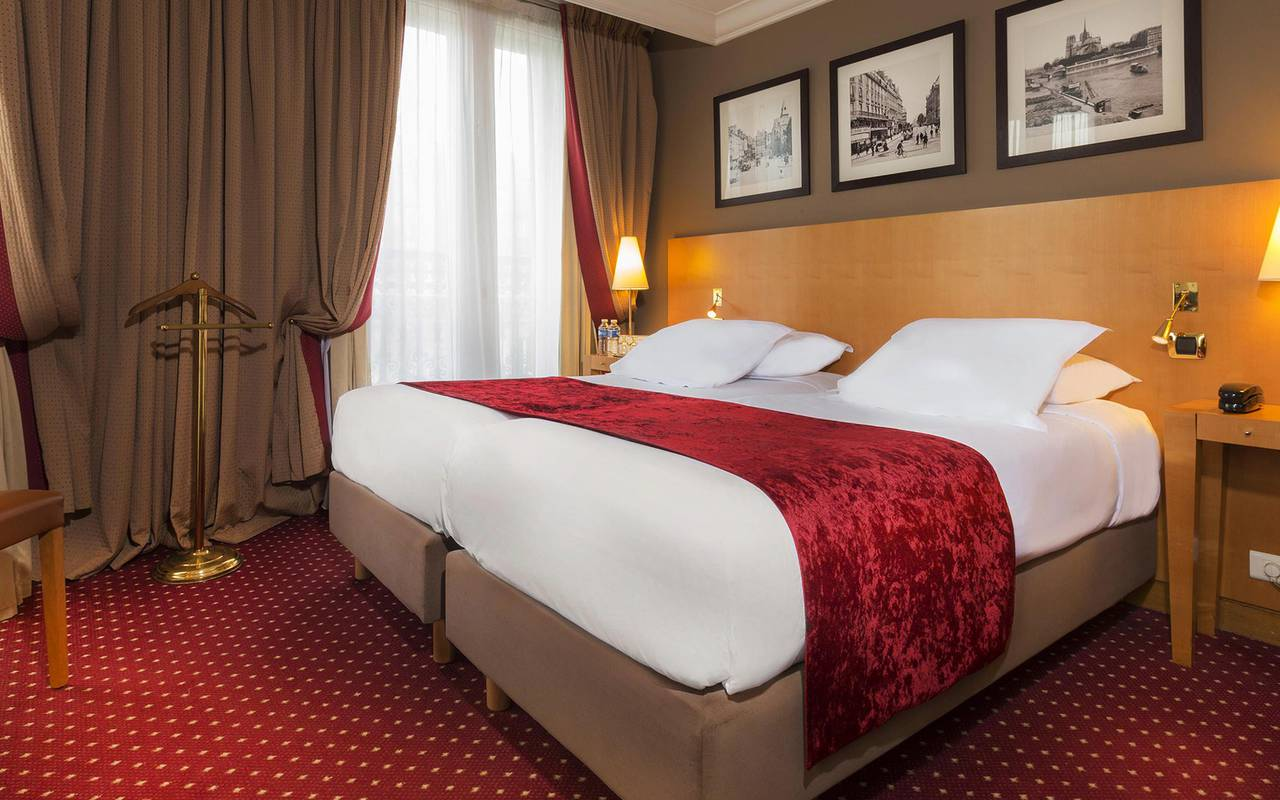 hotel bulevar saint michel Paris