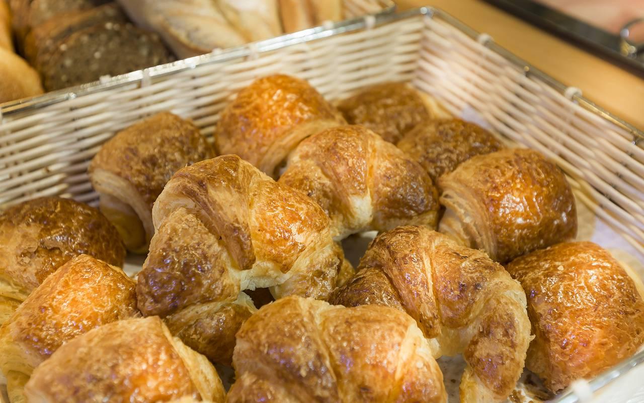 desayuno en hotel del barrio latino en Paris