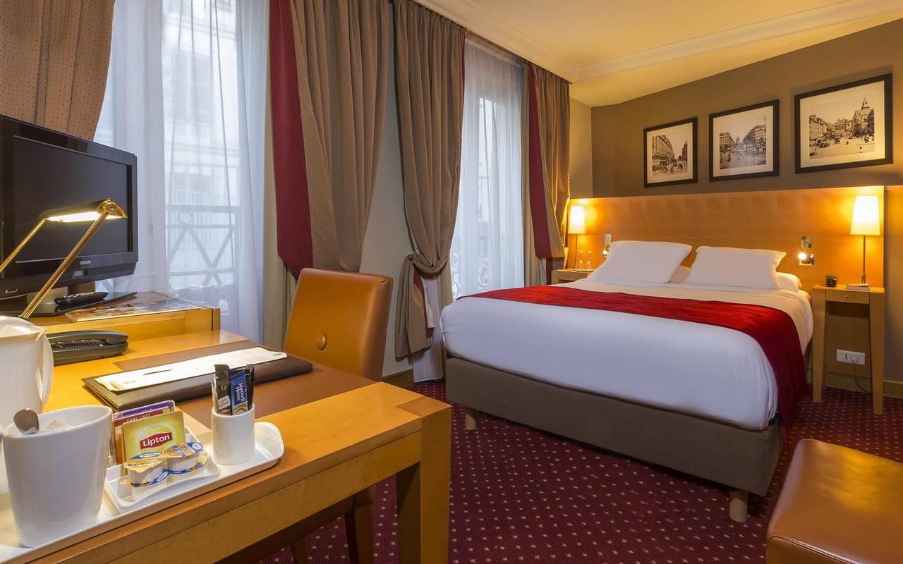 habitacion para 1 persona en hotel del barrio latino de Paris