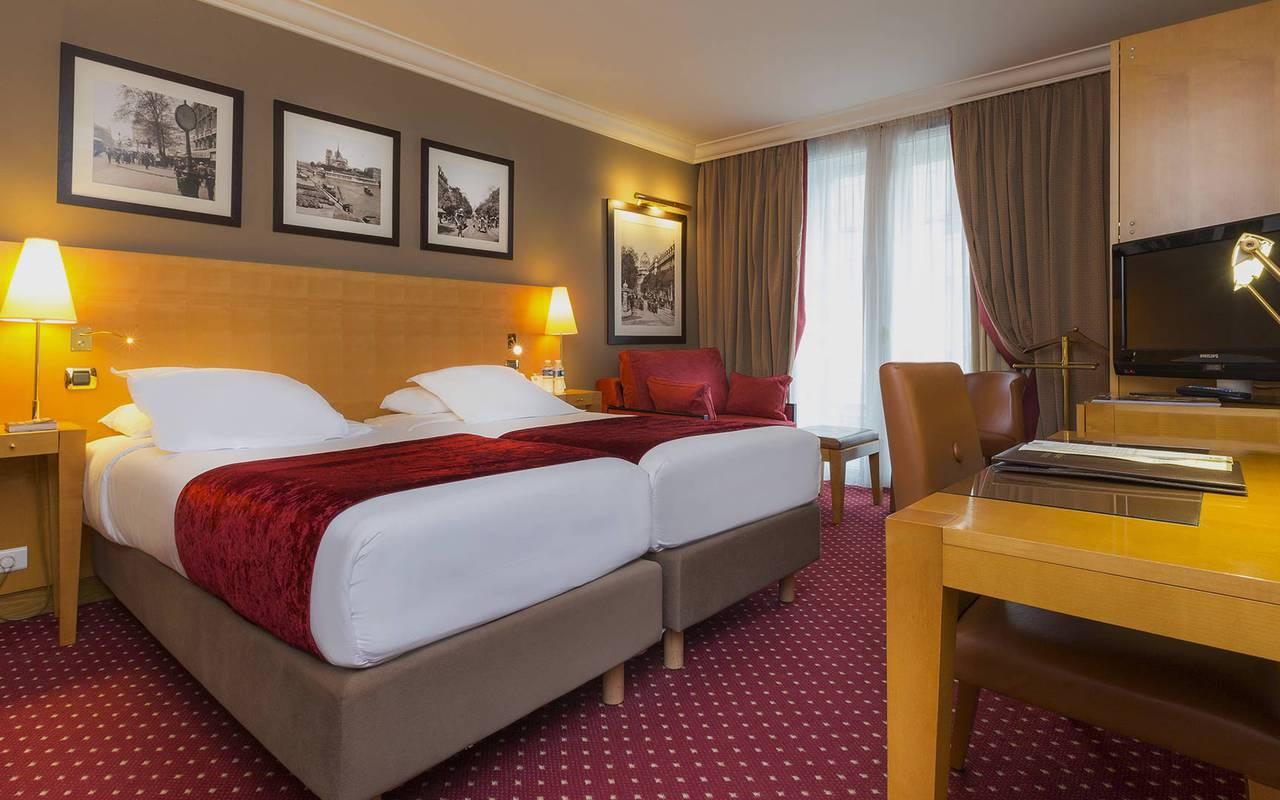 chambre double de l'hôtel royal saint michel Paris
